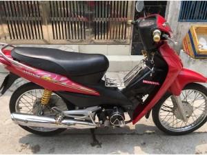 Honda Wave @ màu đỏ,bánh tăm.bstp