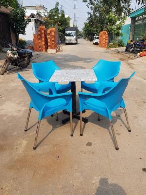 Bàn ghế nhựa cafe mới