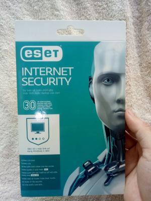 Phần mềm diệt virus bản quyền Eset Internet Security - 1 user - 12 tháng