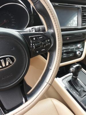 Bán Kia Grand Sedona DAT 2.2 Crdi màu trắng máy dầu số tự động sản xuất cuối 2016 mẫu mới