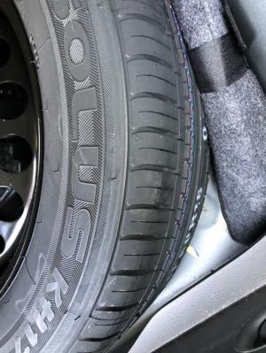 Bán Chevrolet Cruze LT 1.6MT màu đen VIP số sàn sản xuất 2017 biển tỉnh chạy 7200 km
