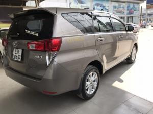 Bán Toyota INNOVA 2.0E màu nâu titan số sàn...