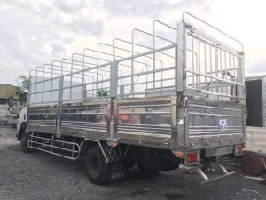 Xe tải isuzu 6 tấn 2 thùng mui bạt inox toàn bộ chuyên chở hàng hải sản tiếp xúc vơi nước nhiều