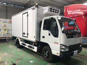 Xe tải ISUZU QKR270 1.9 tấn thùng đông lạnh, trả trước 100 triệu có xe giao ngay