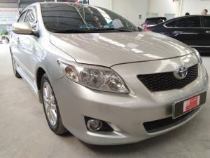 Bán xe Altis 2.0V sản xuất 2010 màu bạc, giảm ngay 20tr cho KH thiện chí mua