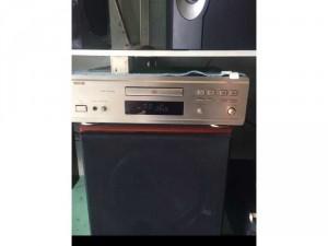 CD Denon 1550AR hàng bãi đẹp leng keng
