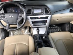 Bán Hyundai Sonata 2.0AT màu trắng số tự động nhập Hàn Quốc 2015 biển Sài Gòn