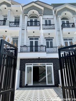 Bán nhà hẻm 1806 Huỳnh Tấn Phát, Nhà Bè, DT 5m x 23m, 3 lầu, 4PN, sân thượng, tặng nội thất