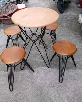 Bán bộ bàn ghế gỗ chân sắt giá rẻ