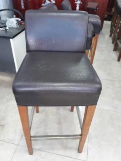 Ghế gỗ bọc nệm da chân gỗ cao cấp