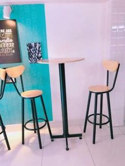 Bộ bàn ghế chân cao cho quán trà sữa