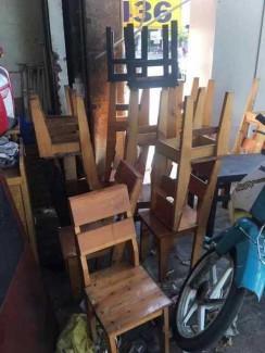 Thanh lý bộ ghế gỗ giá rẻ