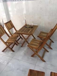 Thanh lý bộ bàn ghế gỗ giá rẻ