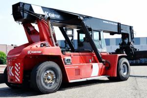 Bán xe Kalmas gắp container,45 tấn,nâng cao 5 tầng,giá rẻ,giao ngay.