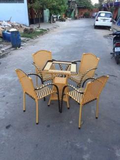 Mẫu bàn ghế nhựa giả mây chất lượng