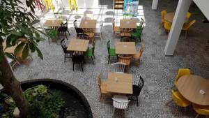 Các mẫu bàn ghế gỗ cafe sân vườn đẹp