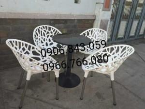 Bộ bàn ghế nhựa dạng tròn màu trắng