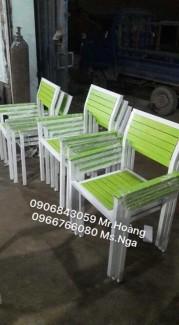 Thanh lý lô ghế gỗ chân cao màu vang chanh,giao hàng toàn quốc