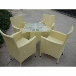 Bộ bàn ghế nhựa mây màu vàng chanh cho cafe sân vườn