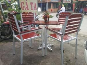 Bộ bàn ghế gỗ chân cao kinh doanh cafe