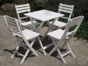 Thanh lý bàn ghế xếp màu trắng,miễn phí vận chuyển