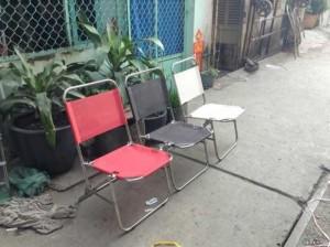 Ghế sắt xếp nhìu màu