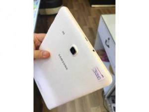 Galaxy Tab E màu trắng. bảo hành công ty 3/2019