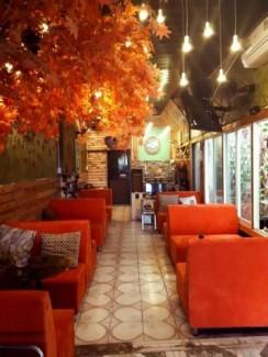 Cần bán sofa màu đỏ sang trọng dùng kính doanh quán cafe