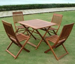 Bộ bàn ghế gỗ xếp ngoài trời