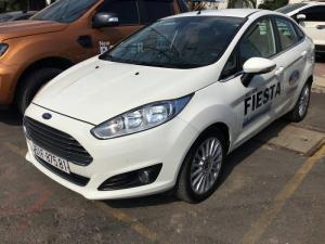 Fiesta Titanium 2017, 1.5, AT, màu trắng, xe...
