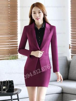 Công ty may đồng phục áo vest nữ công sở chất lượng, chuyên nghiệp