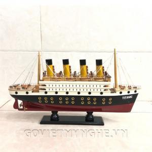 Mô hình du thuyền Titanic sơn