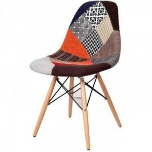 Ghế gỗ hình thổ cẩm đẹp