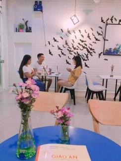 Bộ bàn ghế kinh doanh trà sữa