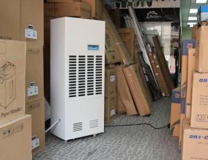 Bán máy hút ẩm công nghiệp năng suất ca0 180L/ ngày giá rẻ nhất tại Trường Chinh