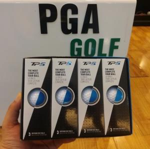 Banh golf TaylorMade TP5