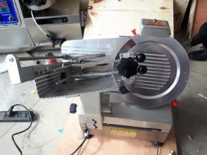 Máy cắt thịt đông lạnh tự động, máy cắt thịt bò, thịt heo đông lạnh tự động YQR-30