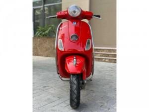 Cần Bán Vespa LX ie 2012 màu đỏ thời trang quá đẹp- Biển Hà Nội. Chỉ với 25,8 triệu.