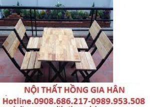 Ghế gỗ quán nhậu giá siêu rẻ hghi4