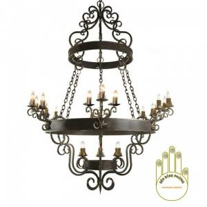 Đèn chùm sắt cổ điển với kích thước to cho đại sảnh mà bạn đang cần