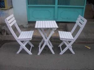 Cần thanh lý gấp bàn ghế xếp màu trắng