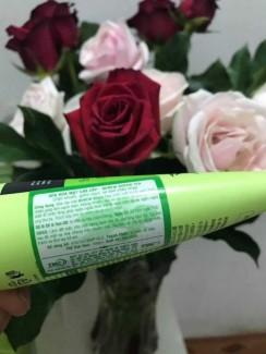 Kem mặt, sữa rửa mặt, Kem tẩy tế bào chết, Nước hoa hồng, Sữa tắm trọn bộ chiết xuất từ trà xanh