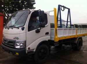 Xe tải chở kính Hino Dutro WU342L 8.25 tấn,...