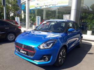 Suzuki New Swift 2018 GLX màu xanh, Có xe lái...