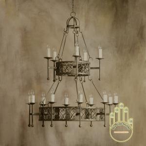 Đèn chùm sắt thuộc dòng cổ điển