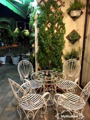 Bộ bàn ghế sắt sân vườn đẹp