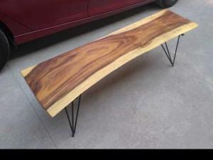 Ghế ngồi gỗ tự nhiên
