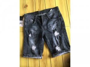 Quần short Jean nam rách màu đen