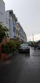 Chính chủ cho thuê nhà mới xây làm văn phòng công ty. Liên hệ Mr Định 0909999339