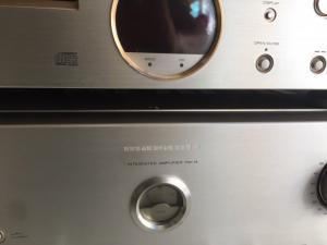 Chuyên bán ampli và CD marantz SA 14 hàng bải long lanh